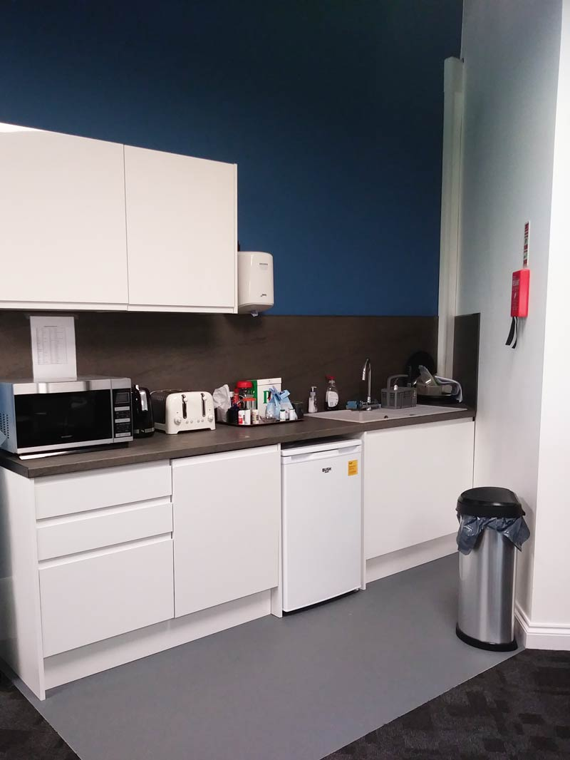 Kitchen area work space fit out
